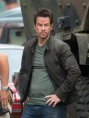 mark-wahlberg-stylish-leather-jacket-from-transformers-4-1