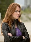tv-series-the-flash-kelly-frye-leather-jacket-1
