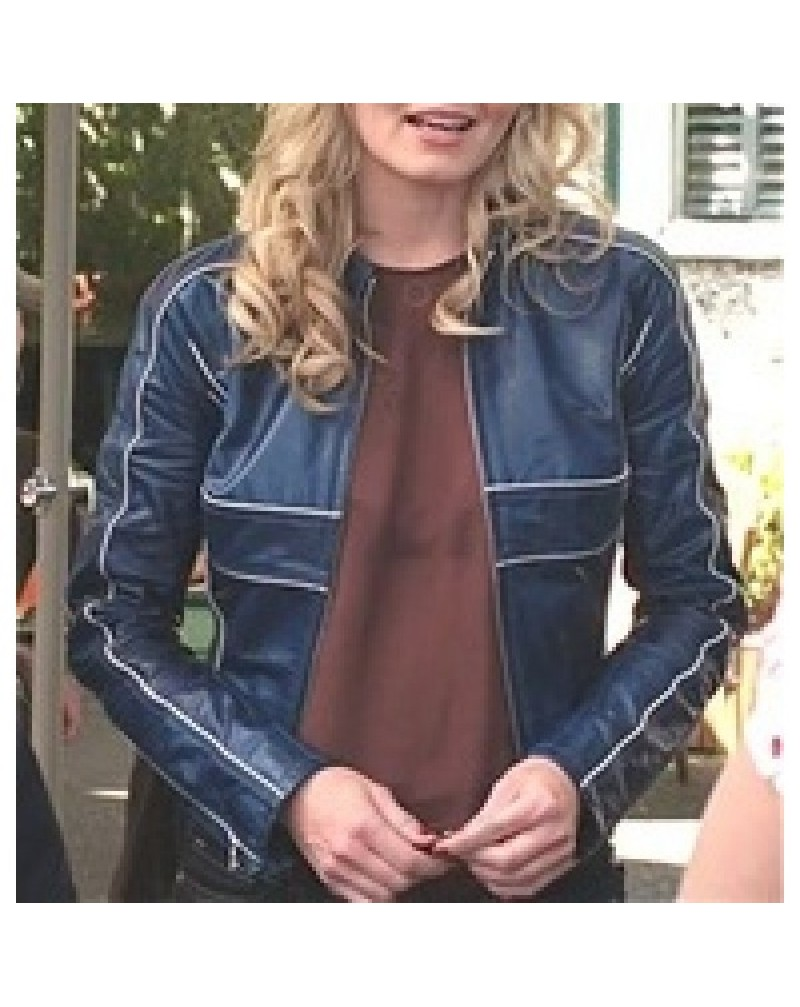 once-upon-a-time-emma-swan-blue-leather-jacket-8