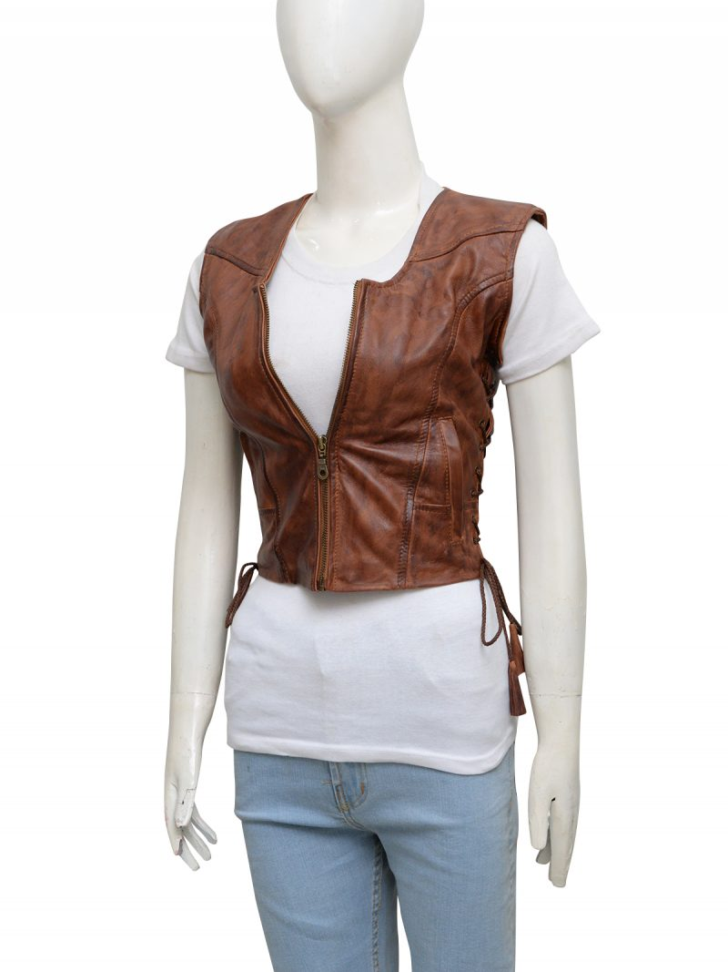 walking-dead-danai-gurira-michonne-leather-vest-3