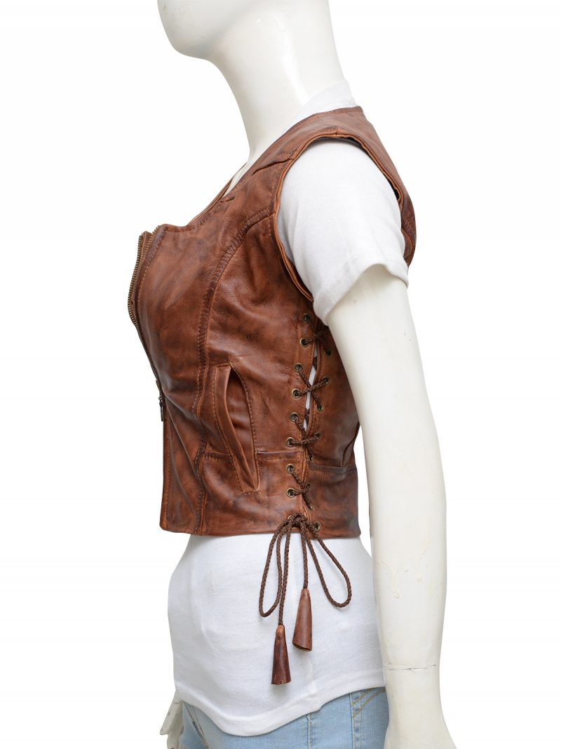 walking-dead-danai-gurira-michonne-leather-vest-4