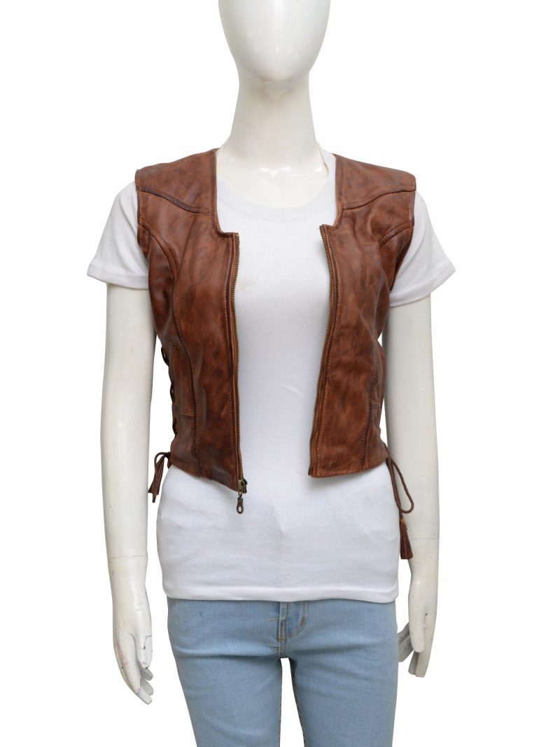walking-dead-danai-gurira-michonne-leather-vest-5