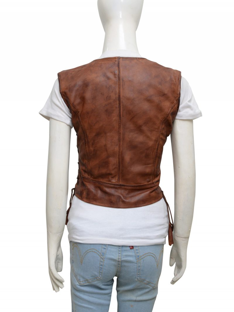 walking-dead-danai-gurira-michonne-leather-vest-7