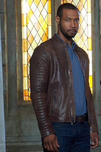 shadowhunters-luke-garroway-brown-jacket